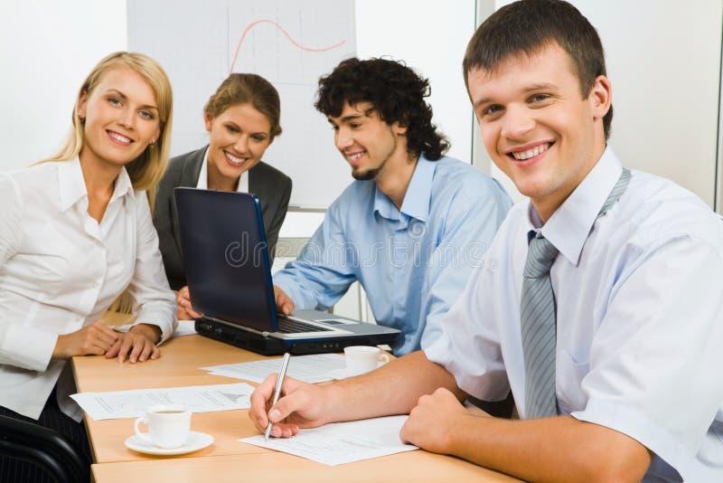 Zeker commercieel team stock fotografie