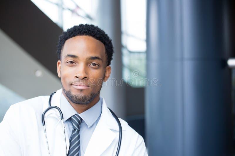 Zekere gezondheidszorg headshot royalty-vrije stock afbeeldingen