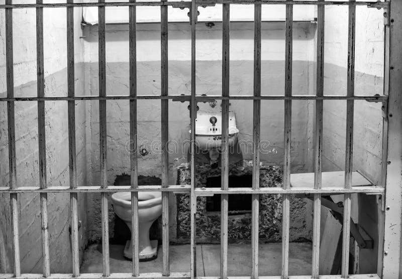 Zellen-Block A am Alcatraz Insel-Gefängnis stockbilder