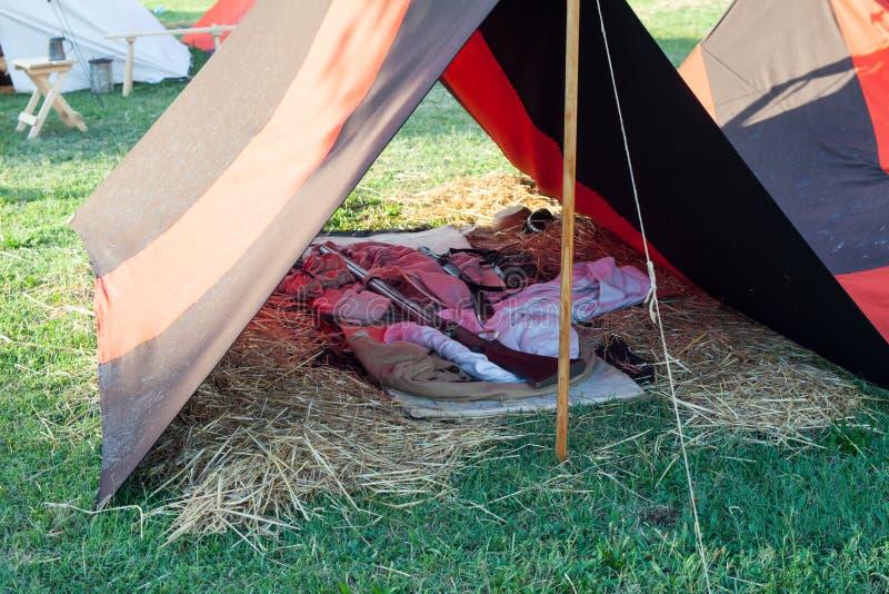 Zelte auf Militärlager lizenzfreie stockfotos