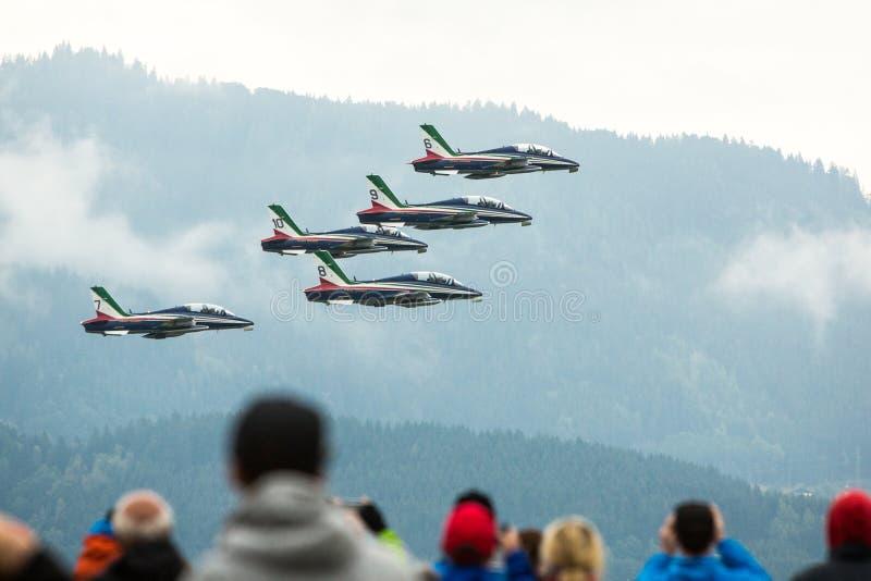 Zeltweg, Österrike/Österrike- SEPTEMBER 2019: Flygkapacitet 2019, flygshow royaltyfria foton