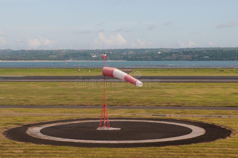 Zemel bij vliegveld royalty-vrije stock fotografie