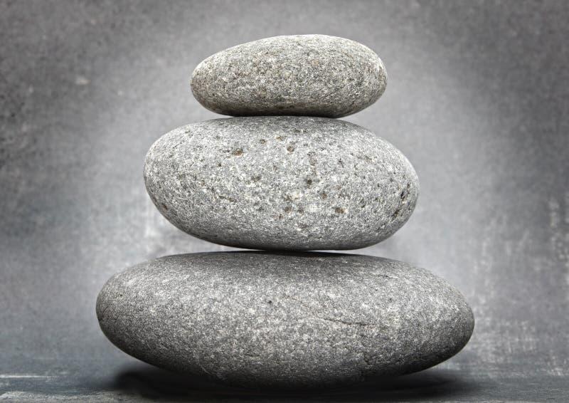 Zen gestapelte Steine stockbild