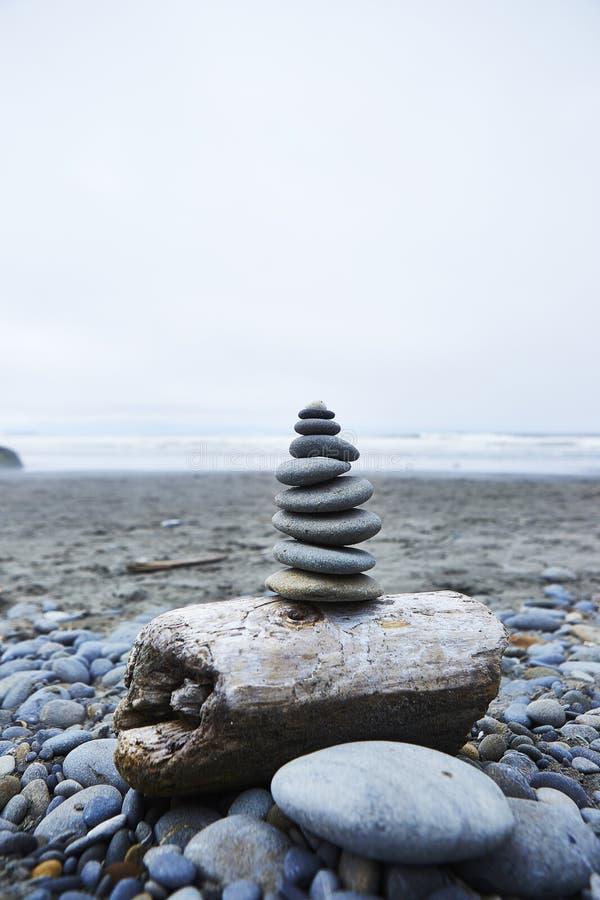 Zen kamienia sterty - rubin plaża, Waszyngton zdjęcia royalty free