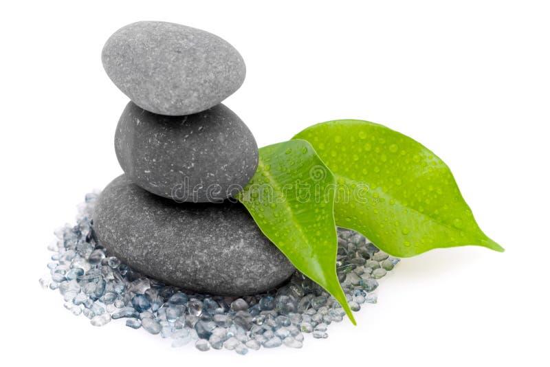 Zen liść kamienie i zdjęcia royalty free