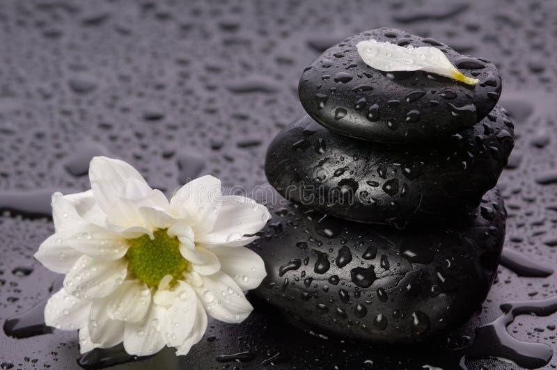Zen, piedras del balance imágenes de archivo libres de regalías