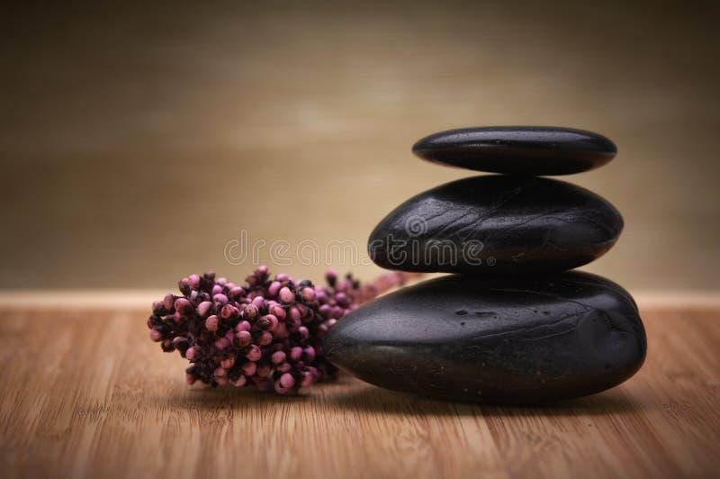 Zen, Schwerpunktsteine lizenzfreies stockbild
