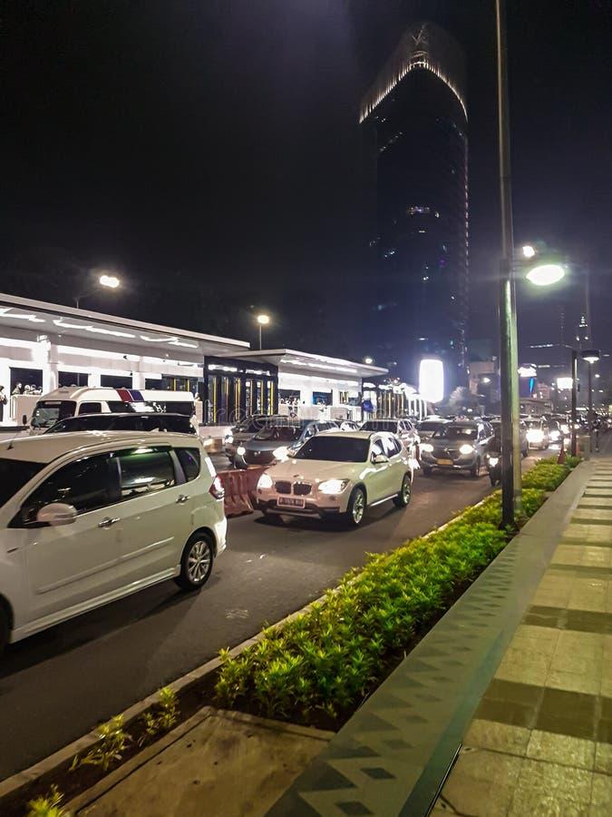 Zentral-Jakarta-Verkehr auf 22 Uhr m stockbilder