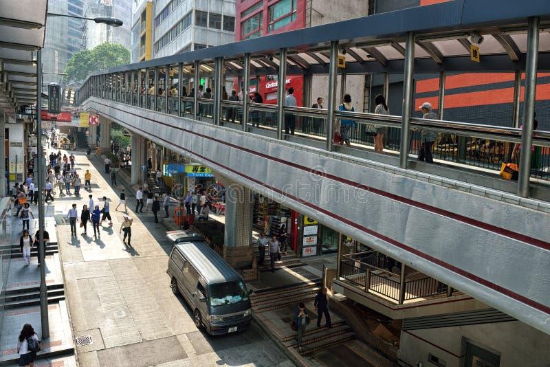 Zentral-Mittler-Niveaurolltreppen in Hong Kong stockfotos