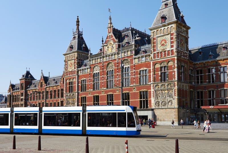 Zentrale Bahnstation in Amsterdam stockbild
