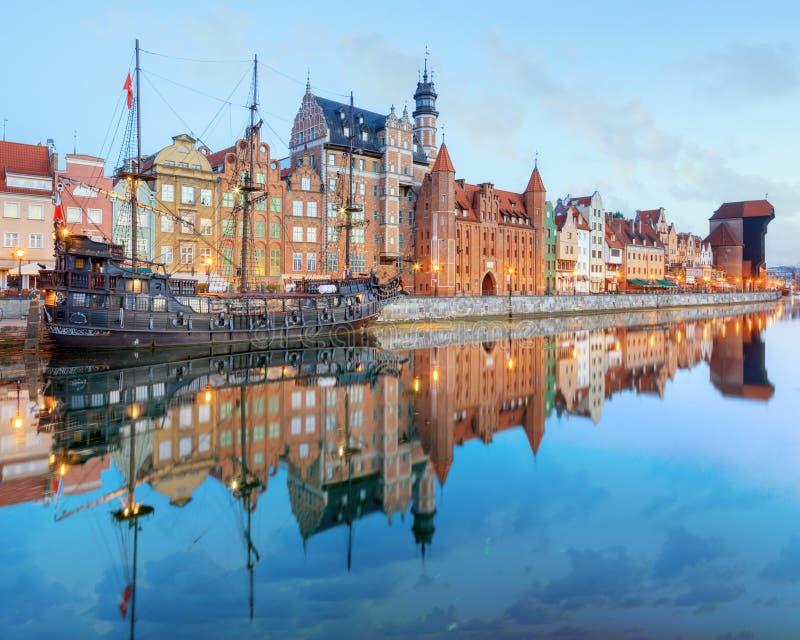 Zentrales Kai von Gdansk, Polen lizenzfreie stockbilder