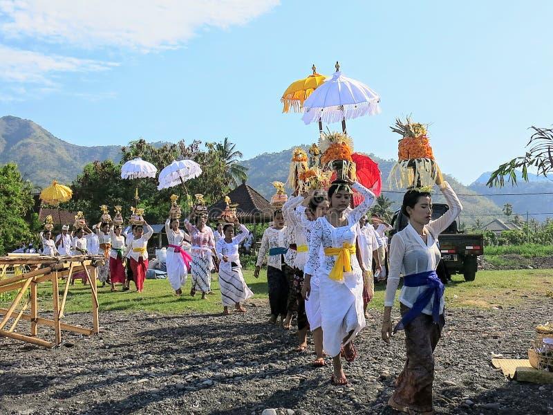 Zeremonie in Bali lizenzfreie stockfotos