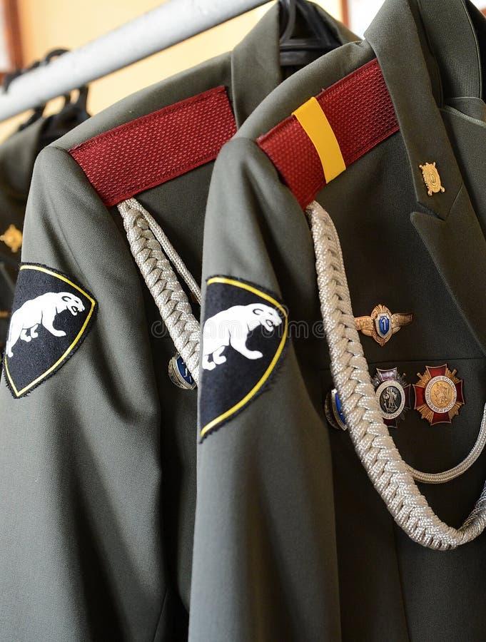 Zeremonieller Kittel in den Militärkasernen stockfotografie