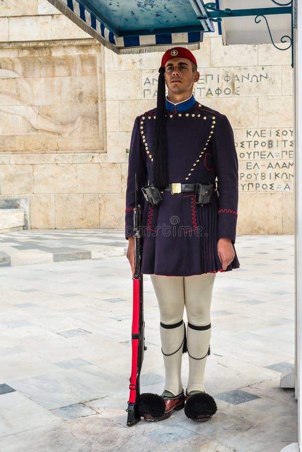 Zeremonieller präsidentialschutz Evzones schützt vor dem griechischen Parlaments-Gebäude, Athen, Griechenland stockfoto