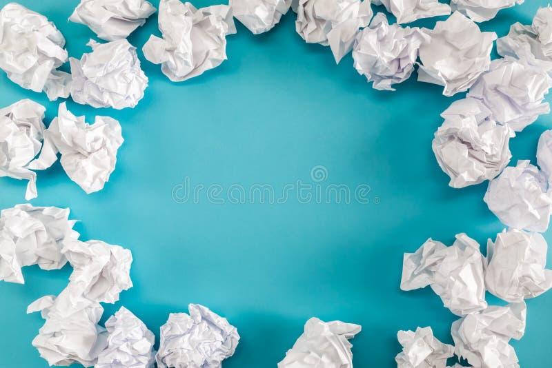 Zerknitterte Papierkugeln lizenzfreie stockfotos
