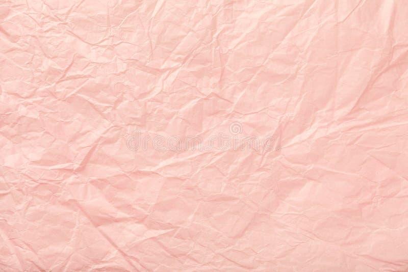 Zerknittertes rosa Packpapier, closrup lizenzfreies stockbild