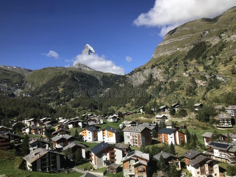 Zermatt i sommar royaltyfri fotografi