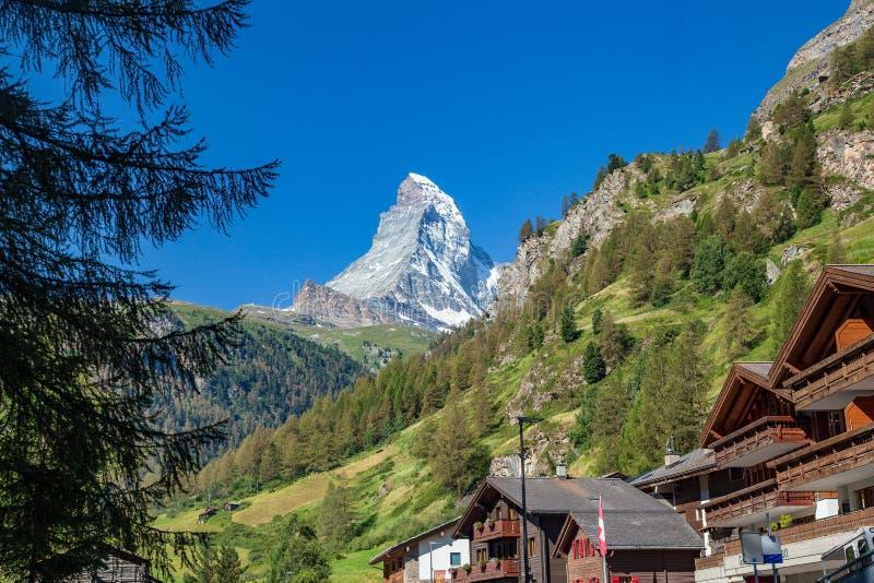 Zermatt, Suiza - la montaña icónica El Cervino imagen de archivo