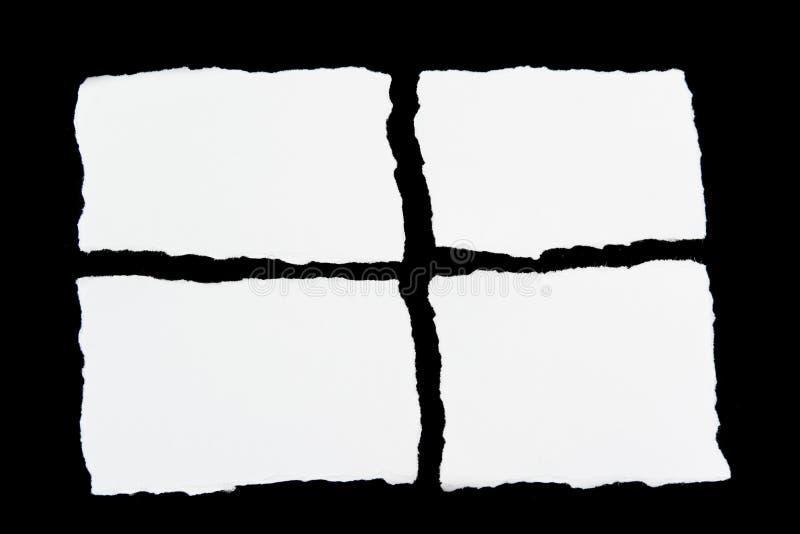 Zerreißen Sie Weißbuchblätter papier auf Schwarzem lizenzfreies stockbild