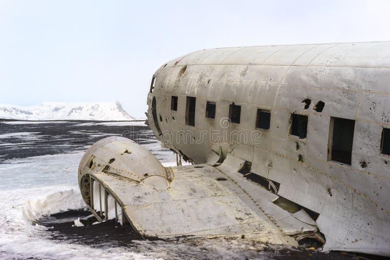 Zerschmetterte Marine DC-3 in Island stockbilder