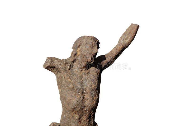Zerstörte alte Eisenstatue der Kreuzigung von Jesus Christ lokalisierte auf weißem Hintergrund stockfotografie