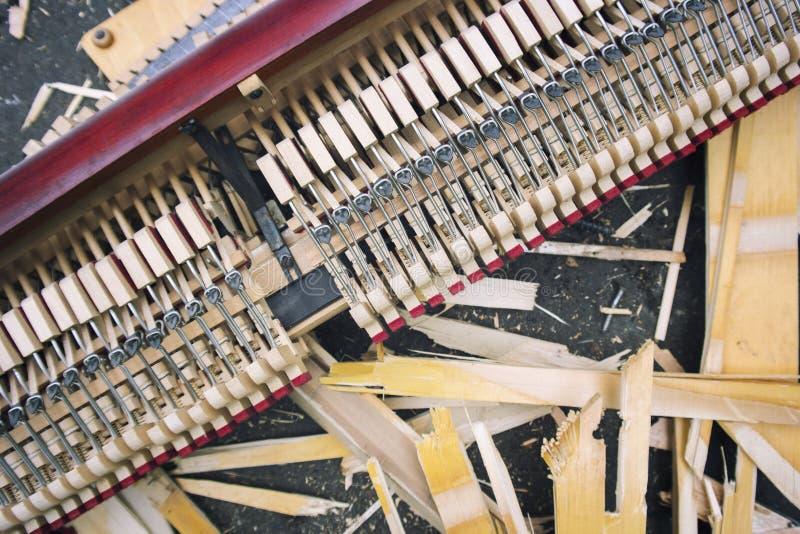 Zertrümmerter ipiano Aktionsrahmen lizenzfreie stockfotografie