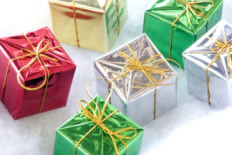 Download Zes Giften stock afbeelding. Afbeelding bestaande uit gift - 46497
