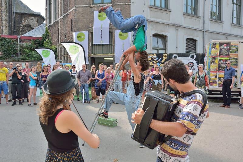 zespołu spełnianie przy festiwalem Ghent fotografia stock