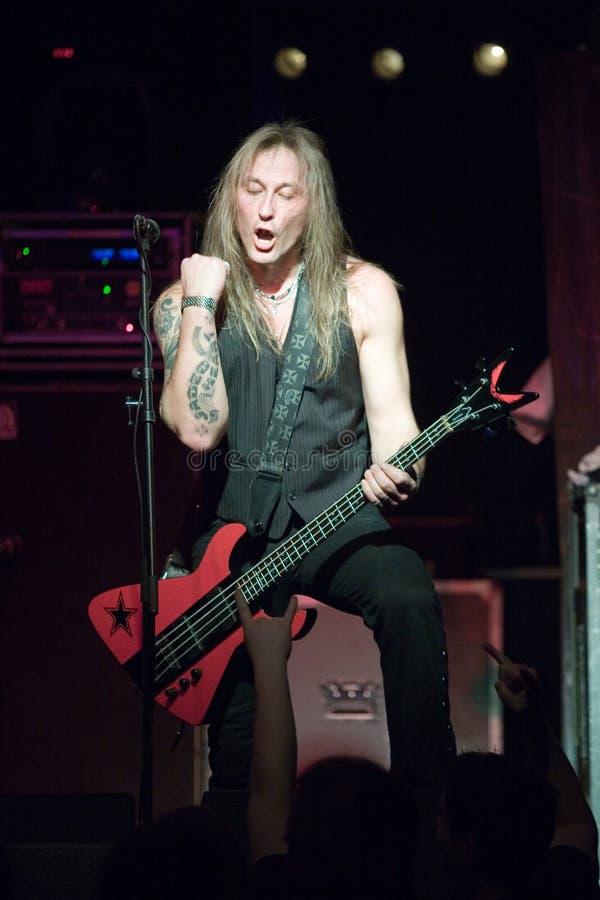 Download Zespołu Germany Kierowy Sterany Metal Wykonuje Fotografia Editorial - Obraz złożonej z metal, przedstawienie: 13330417