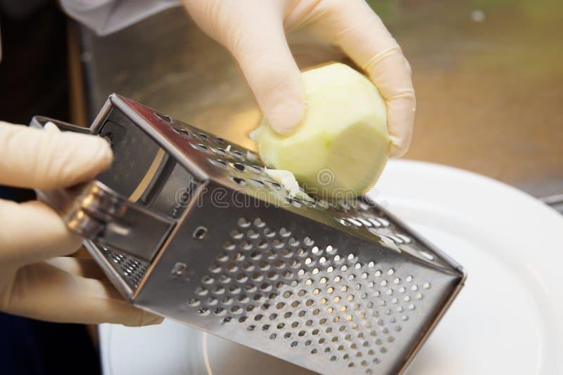 zesting jabłczany szef kuchni zdjęcia royalty free