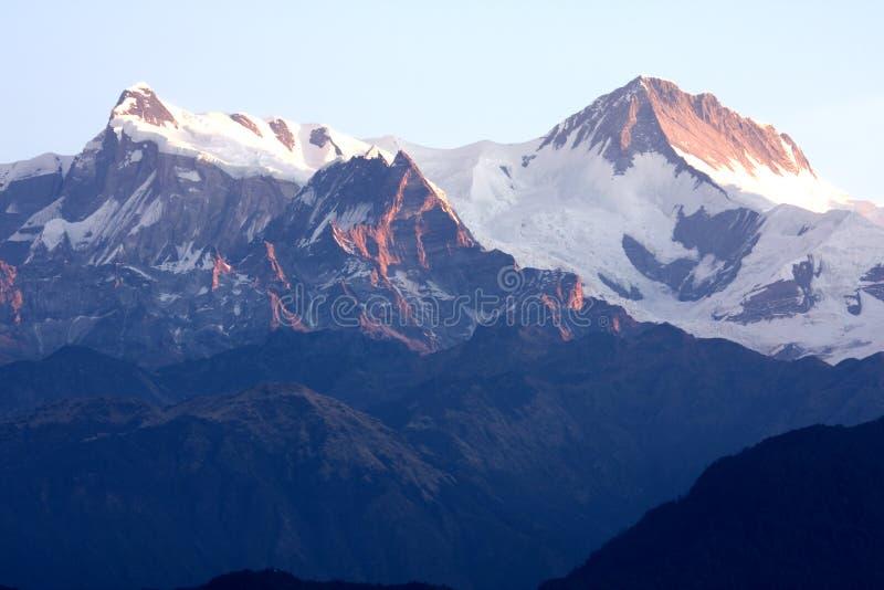 Zet Annapurna II en IV in Dawn, Nepal op stock foto