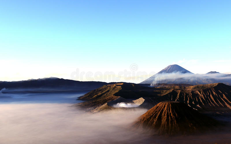 Zet Bromo, Indonesië op royalty-vrije stock foto's