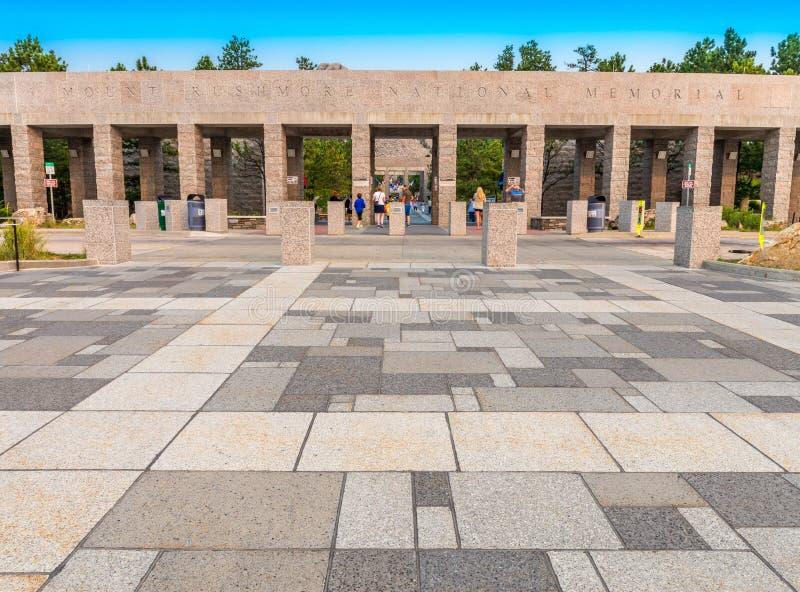 Zet de Nationale Herdenkingsingang van Rushmore op royalty-vrije stock foto's