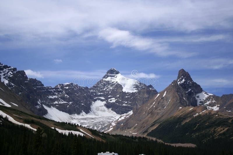 Zet de piek en Hilda Glacier van Athabasca op Hilda royalty-vrije stock afbeeldingen