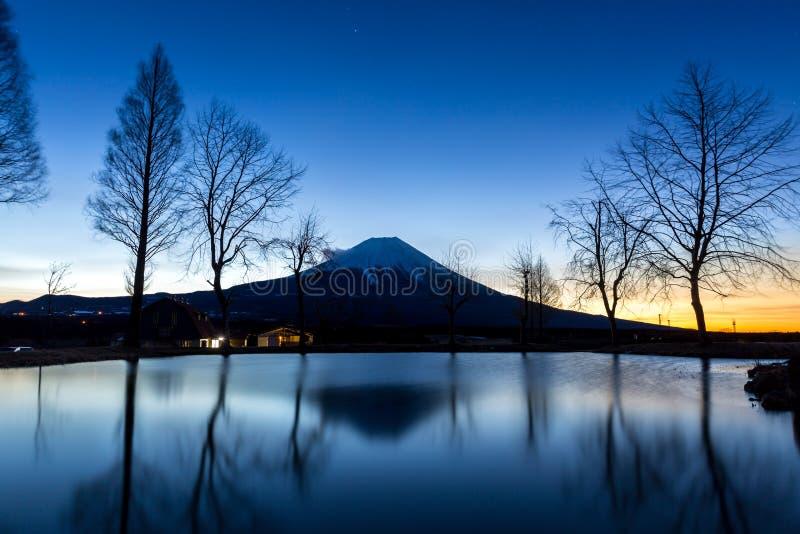 Zet de ster van Fuji op Fujisan stock afbeeldingen