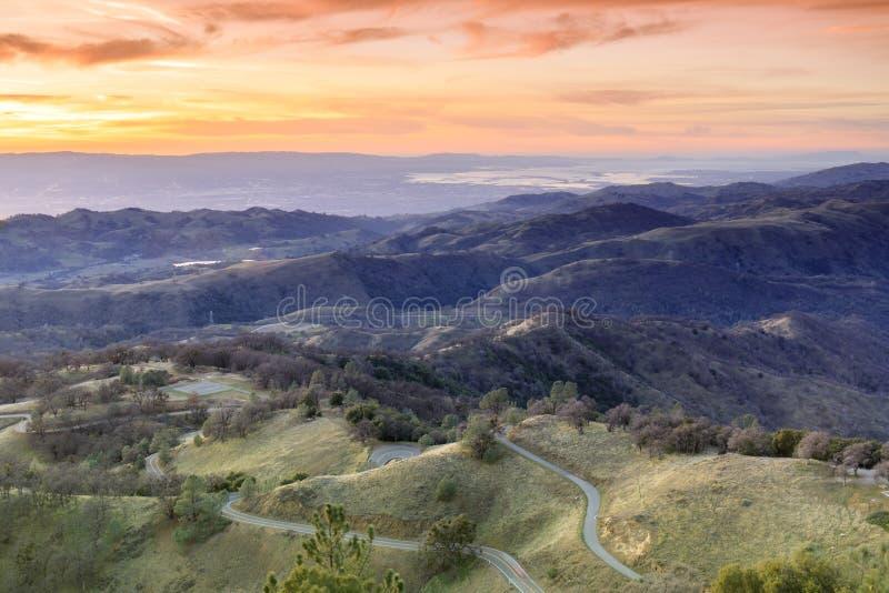 Zet Hamilton Foothills en Santa Clara Valley Sunset op royalty-vrije stock afbeeldingen