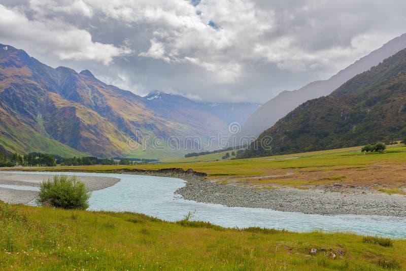 Zet het Streven Nationaal Park, Matukituki-Rivier op stock afbeelding