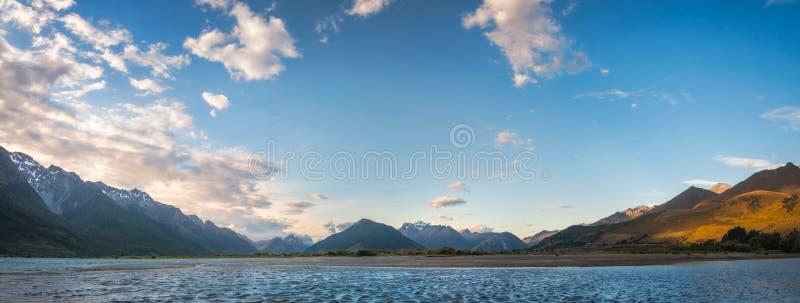 Zet het Streven Nationale Parkmening van Glenorchy, Nieuw Zeeland op royalty-vrije stock foto's
