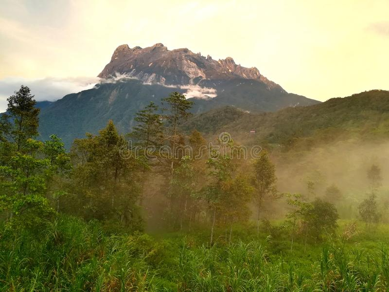 Zet Kinabalu op royalty-vrije stock foto