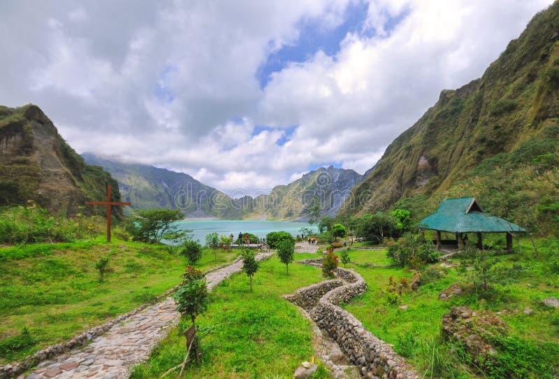 Zet Krater Pinatubo op royalty-vrije stock afbeeldingen