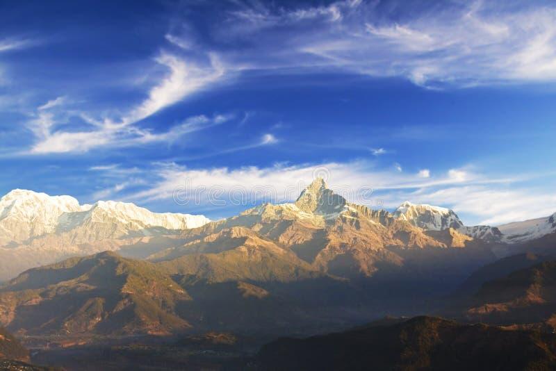 Zet Machhapuchhre, Nepal op royalty-vrije stock foto