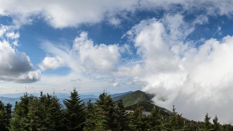 Zet Mitchell North Carolina-landschap op stock afbeeldingen