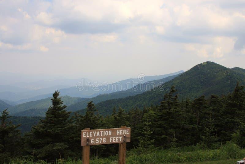 Zet Mitchell State Park Summit op stock afbeeldingen