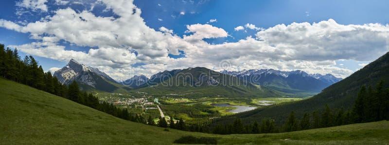 Zet Norquay, Nationaal het Parkpanorama van Banff op royalty-vrije stock fotografie