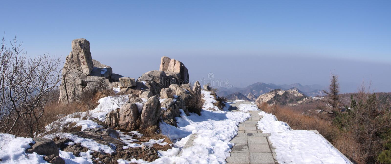 Zet taishan hoogste plateau op shandong royalty-vrije stock afbeeldingen