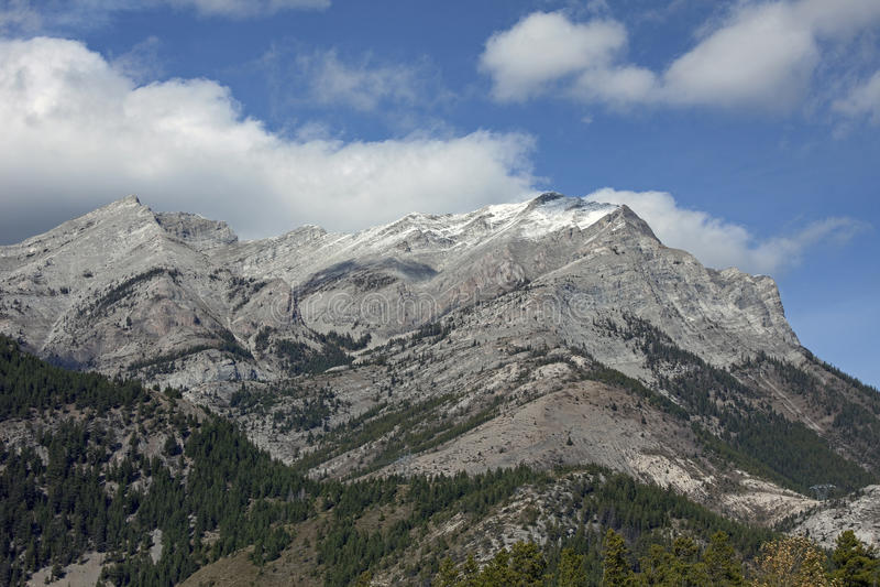 Zet Tecumseh door Crownest Pass op stock foto's