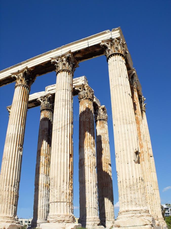 zeus όψης ναών ανατολικού olympian νότ&omic στοκ φωτογραφία