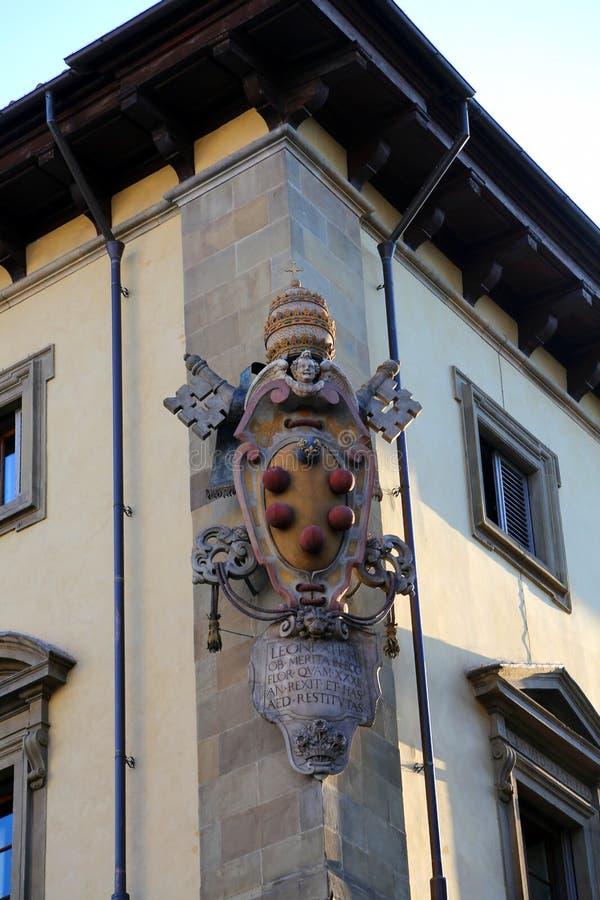 Zeven rode ballen is het symbool van DE Medici Familie in Florence It stock foto