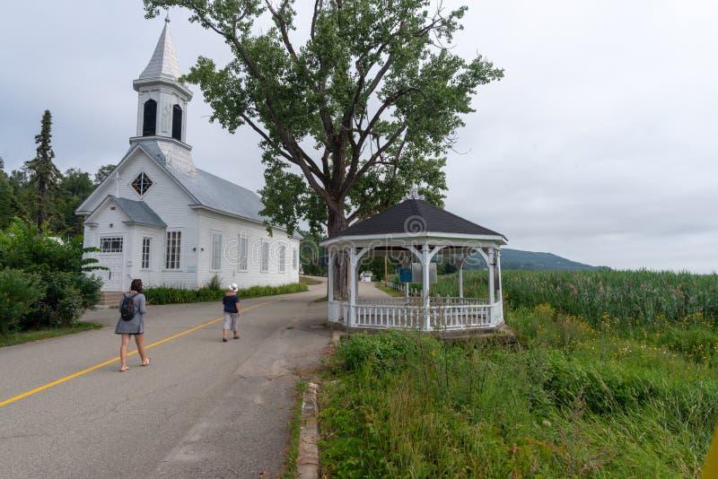 Zewnętrznie widok rive kościół, Quebec zdjęcie royalty free