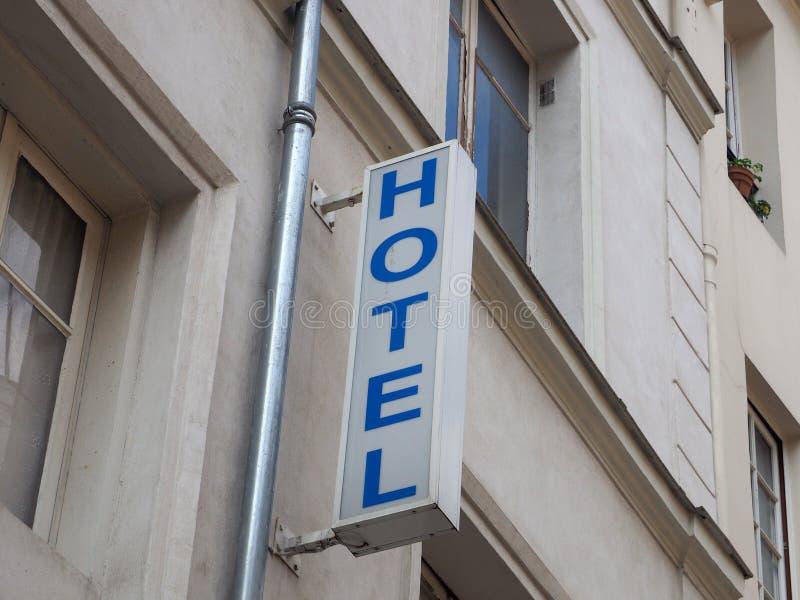 Zewnętrzny signboard hotel w Paryż obraz royalty free